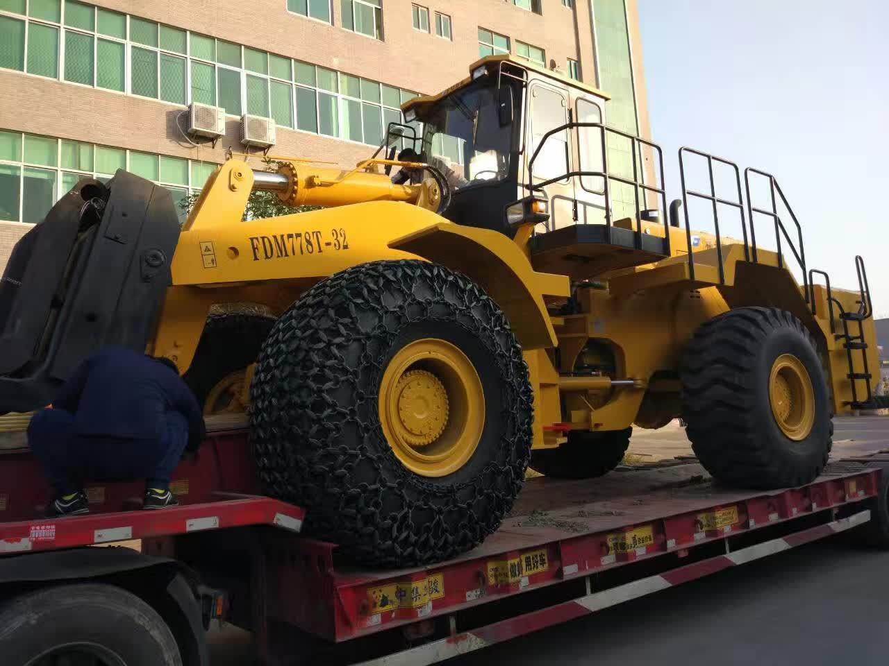 32t forklift loader sent to hunnan, china