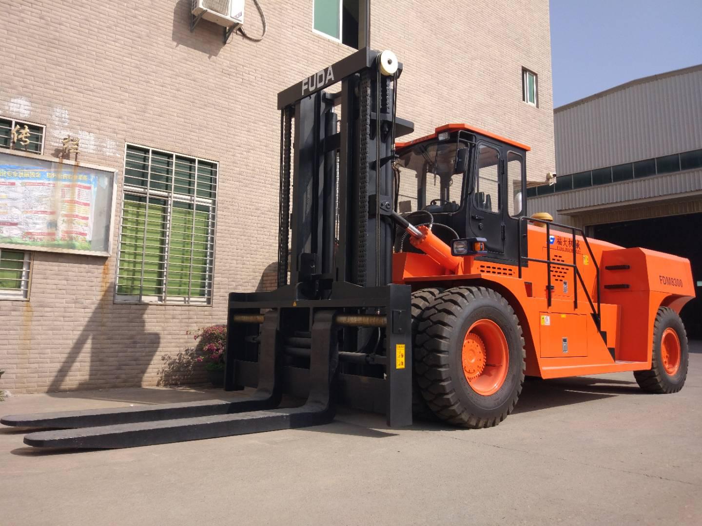 30 ton forklift truck sent to jiangsu, china